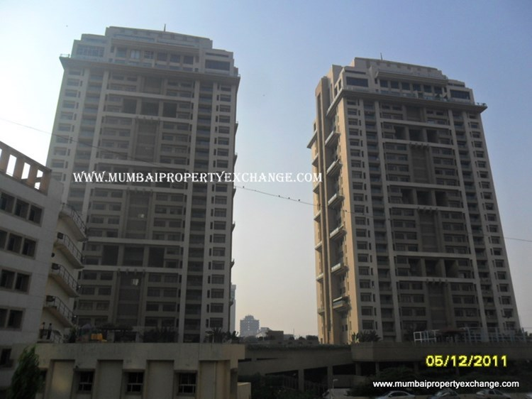 2 BHK apartment for Sale in Casa Grande, Lower Parel