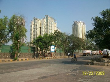 Vasant Lawns, Thane West