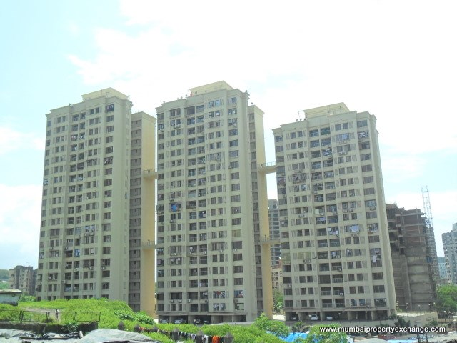 2½ BHK apartment for Rent in Evershine Embassy , Andheri West