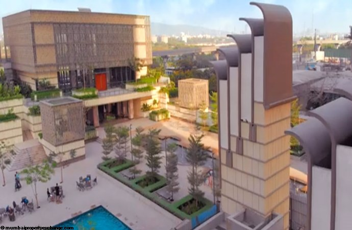 Lodha Codename Smartmove Lodha Wadala - New Cuffe Parad 75,000 Sqft Grand Luxury Club House Image