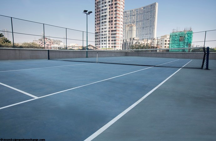 Vivarea Tower E K Raheja Vivarea Tennis Court