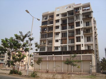 Whispering Palm, Airoli