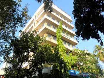 Mayfair Bliss, Khar West