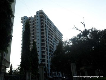 Green Acres III, Thane West