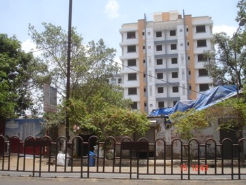 Pioneer Park, Thane West