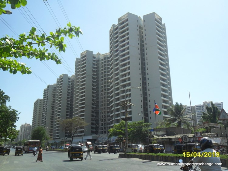 3 BHK apartment for Sale in Orchid Suburbia, Kandivali West