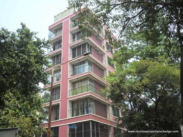 Solitaire, Andheri West