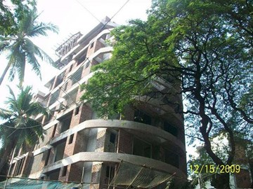 Silver Residency, Santacruz West