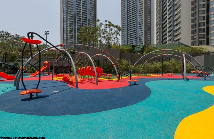 Oberoi Esquire Esquire Childrens-Play-Area-1