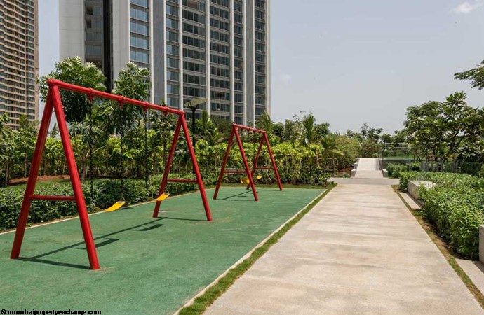 Oberoi Esquire Esquire Childrens-Play-Area-2