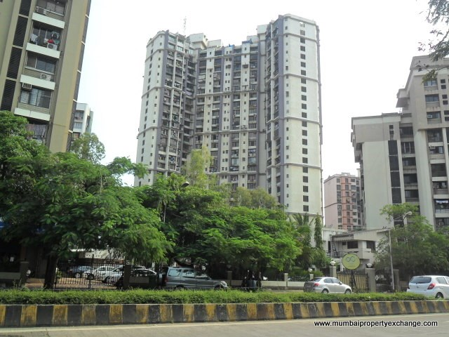 3 BHK apartment for Sale in Beverly Hills, Andheri West