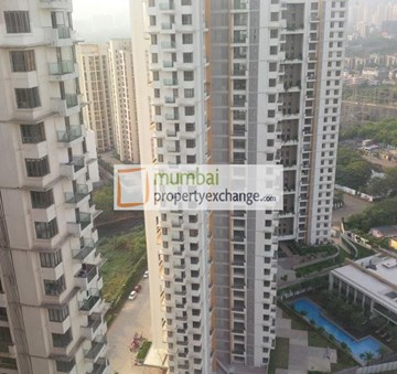 Lodha Luxuria Priva, Thane West