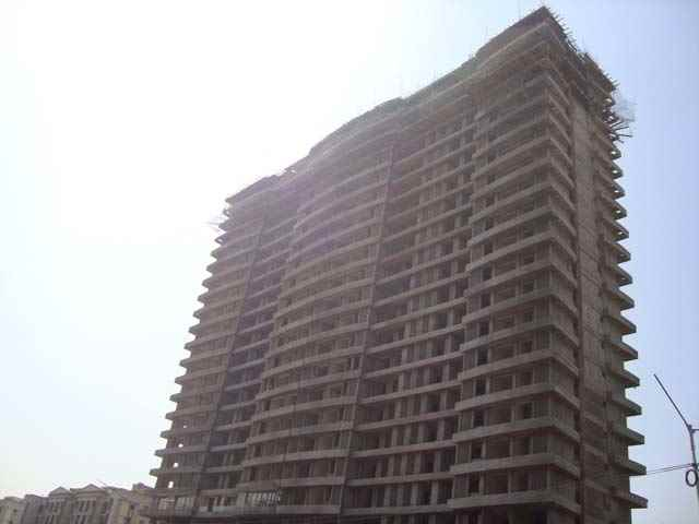 Flat on rent in Satellite Tower, Goregaon East