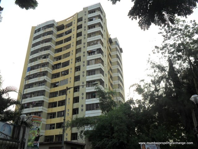 Green Towers, Andheri West