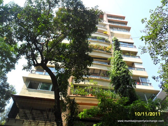 Kanta Apartment, Santacruz West