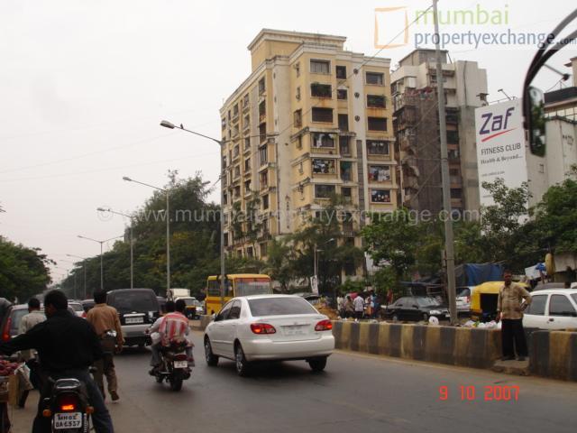 Flat on rent in Abhishek Apartment, Andheri West