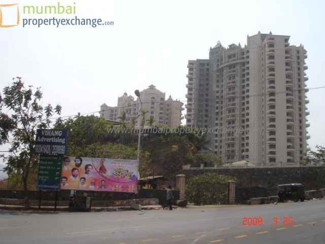 Flat for sale in Neelkanth Heights, Thane West