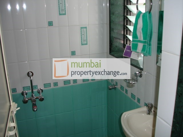 Puranik City Phase III Sample Bath