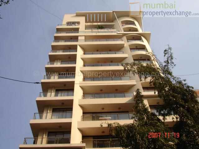 Flat on rent in Emerald Heights, Chembur