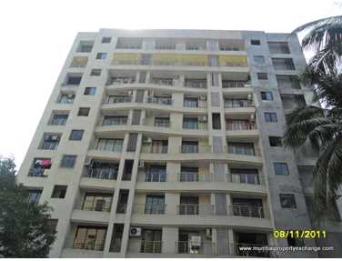 Flat on rent in Universal Paradise, Vile Parle East