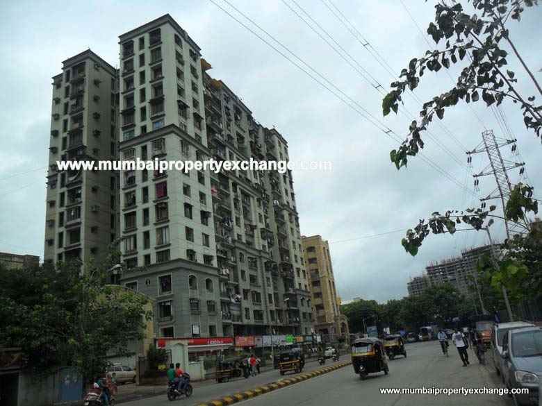Flat on rent in Govardhan Nagar, Kandivali West