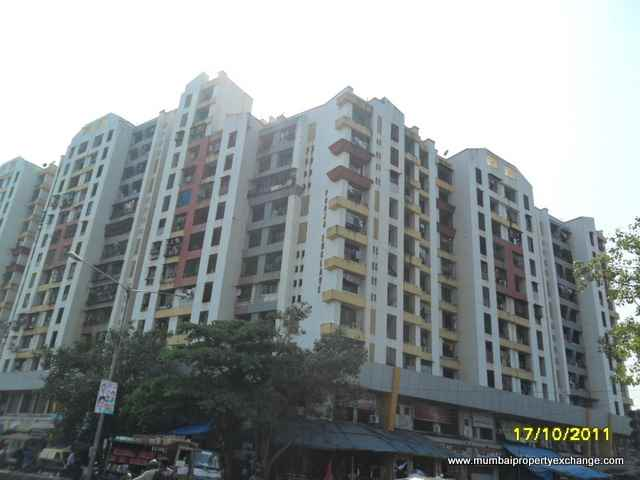 Flat on rent in Pooja Enclave, Kandivali West