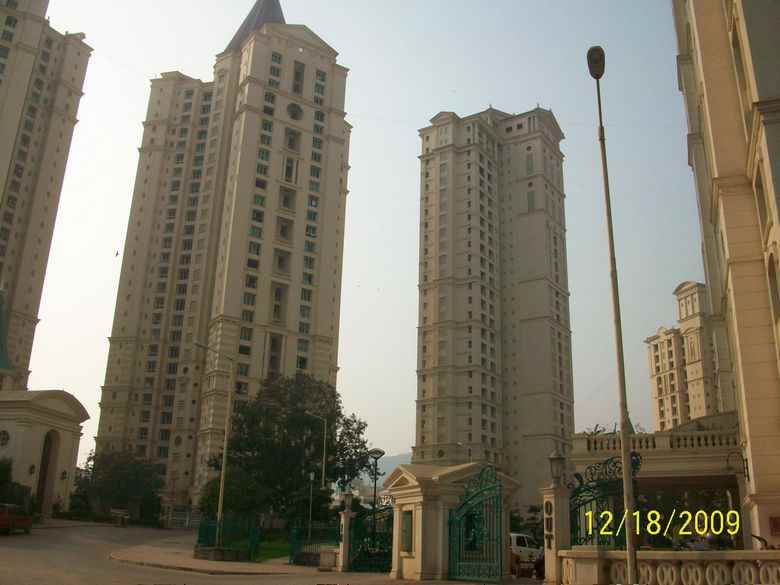 Flat for sale in Orchid, Thane West