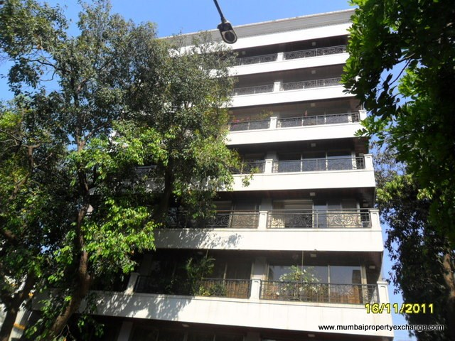 Emporis, Bandra West