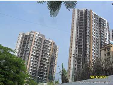Flat on rent in Sapphire Heights, Kandivali East