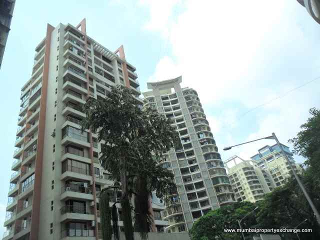 Flat on rent in Eco Tower, Goregaon West