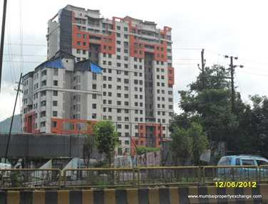 Flat on rent in Harmony Horizons, Thane West