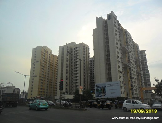 Flat for sale in Lodha Aqua, Dahisar East