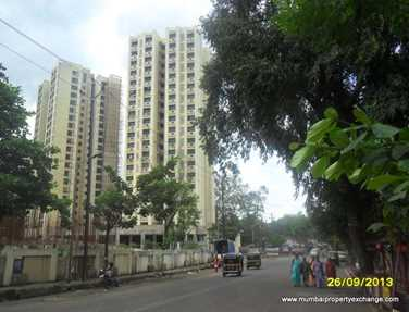 Flat on rent in Runwal Pearl, Thane West