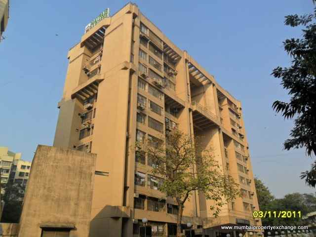 Flat on rent in Mayfair Garden, Juhu