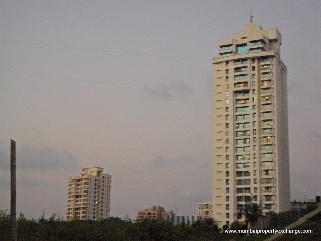 Associate Woods, Jogeshwari