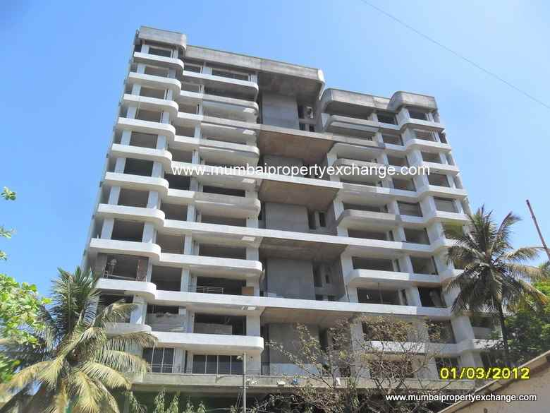 Flat on rent in Parwana Tower, Borivali West