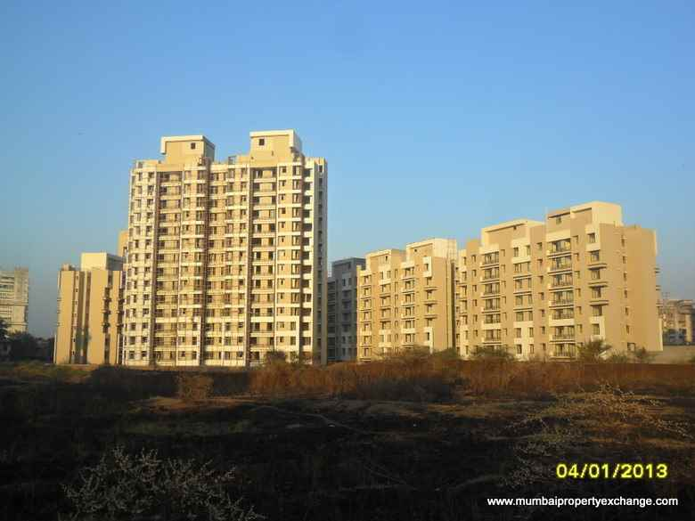 Flat for sale in Grand Square, Thane West