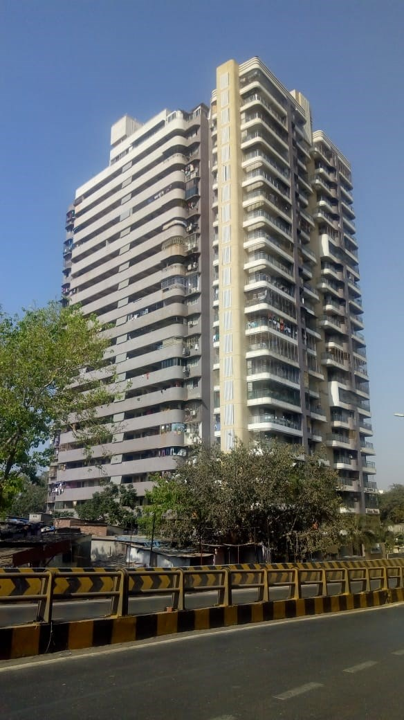 Solitaire Homes, Kandivali East