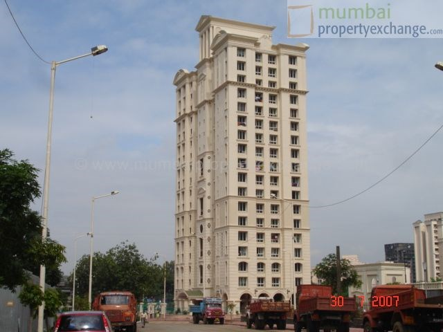 Woodrose, Thane West