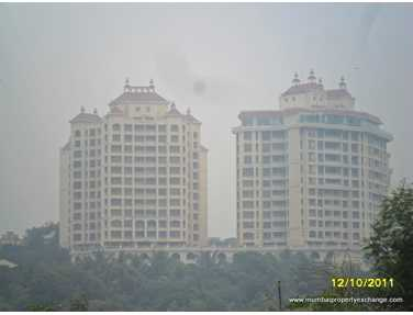 Flat on rent in Raheja Exotica, Malad West