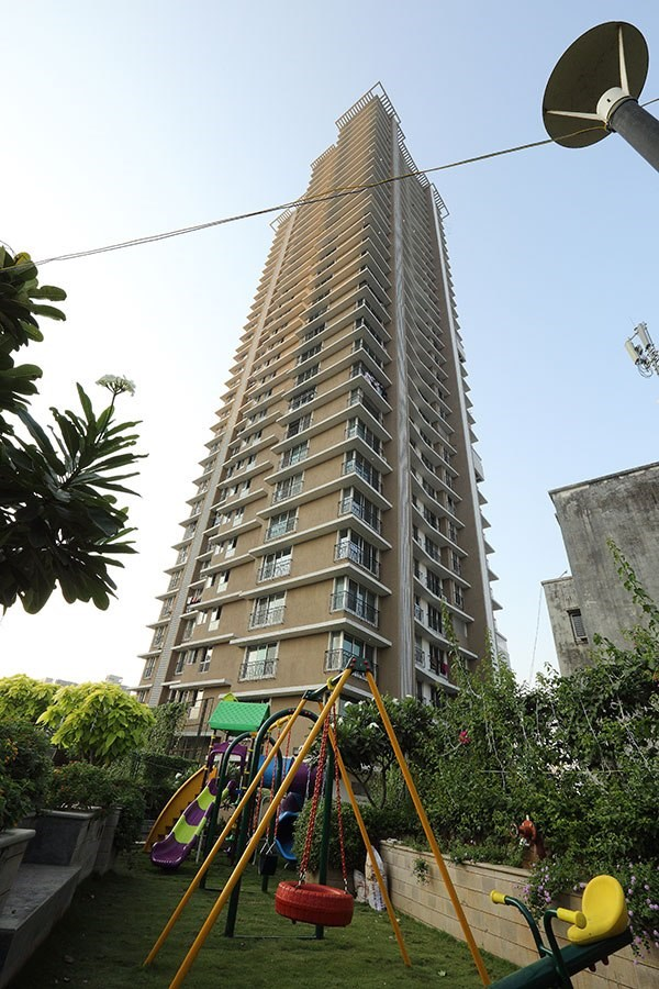 Mayfair Greens, Kandivali West