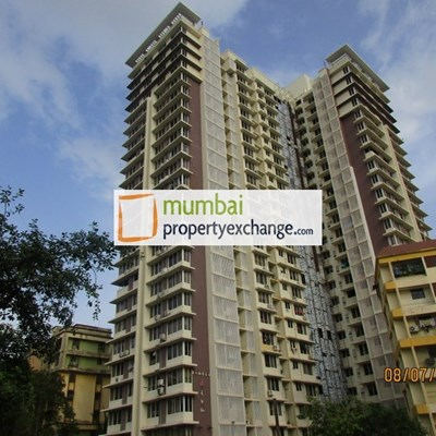 Flat on rent in Romell Diva, Malad West