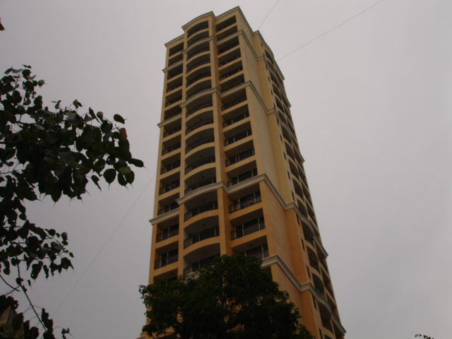 Flat on rent in Belmonte, Mahim