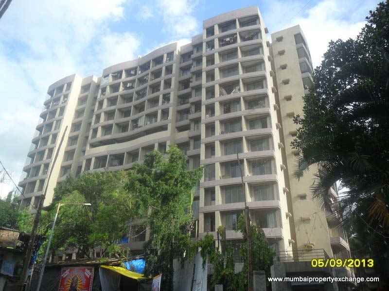 Flat for sale in Madhukunj, Borivali East