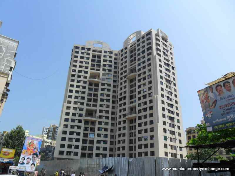 Flat on rent in Swapnalok Towers, Goregaon East