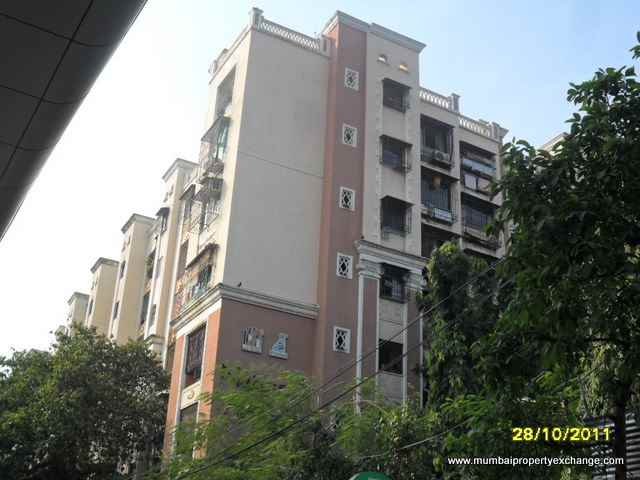 Flat on rent in National Avenue, Kandivali East