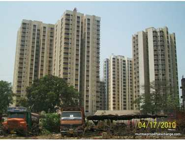 Flat on rent in Runwal Garden City, Thane West